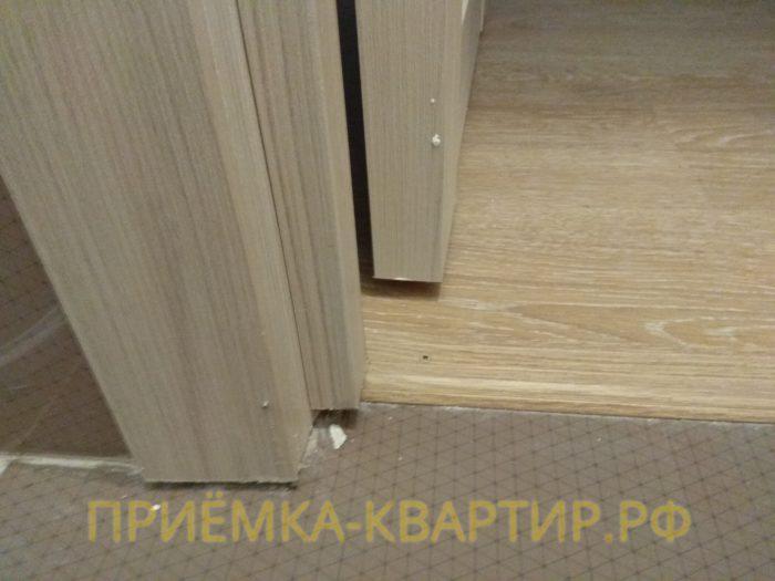 Приёмка квартиры в ЖК Новое Мурино: неправильно выполнена подрезка коробки межкомнатной двери