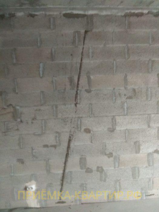 Приёмка квартиры в ЖК Медалист: наплывы цементного раствора