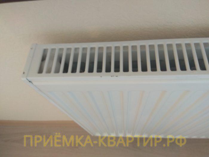 Приёмка квартиры в ЖК : повреждения краски на радиаторе отопления