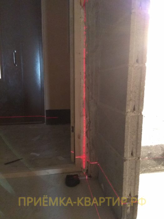 Приёмка квартиры в ЖК Муринский Посад: отклонение по вертикали 25 мм