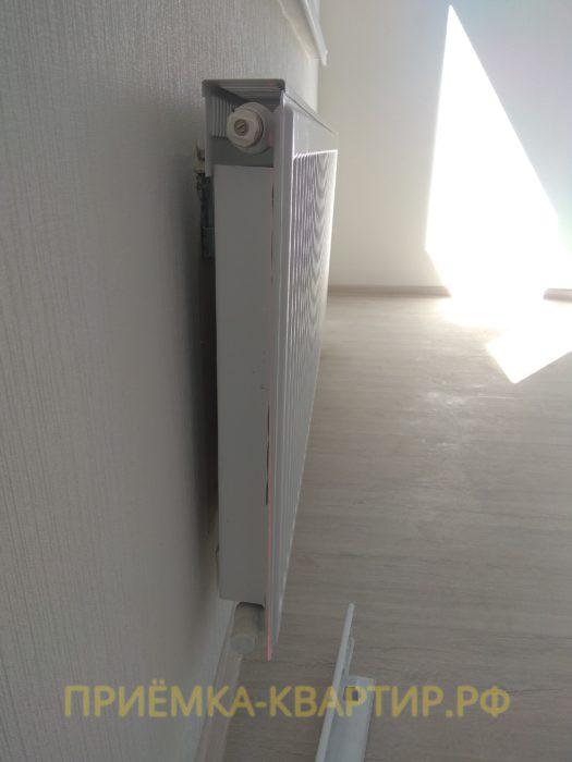 Приёмка квартиры в ЖК Светлановский: отклонение по вертикали радиатора 10 мм