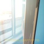 Приёмка квартиры в ЖК Я-Романтик: царапины на оконном блоке