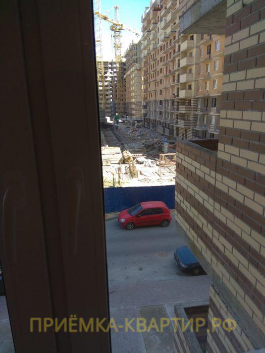Приёмка квартиры в ЖК Новое Янино: царапины на стеклопакетах (3 шт)