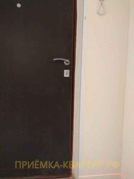 Приёмка квартиры в ЖК Новое Янино: отклонение по вертикали коробки входной двери до 10 мм