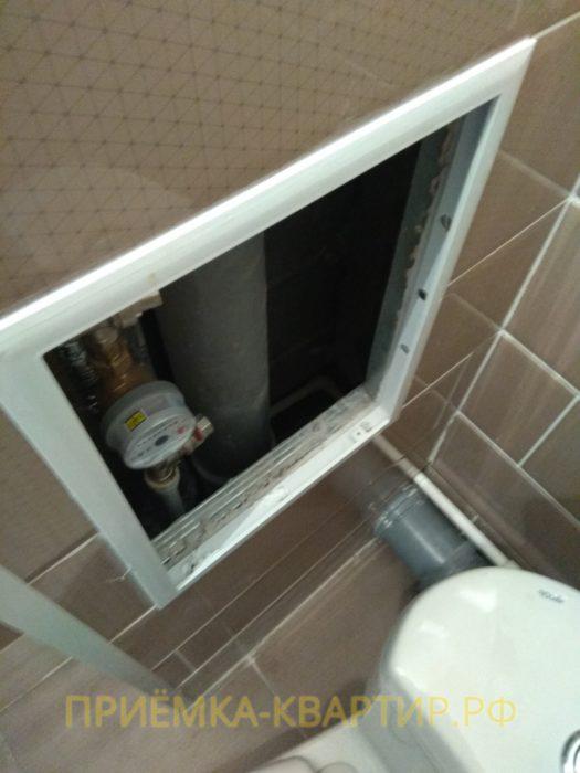 Приёмка квартиры в ЖК Новое Янино: отсутствует крышка люка ревизионного