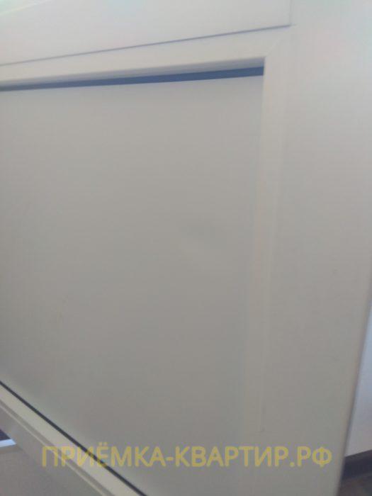 Приёмка квартиры в ЖК Гринландия 2: поврежден сэндвич балконной двери