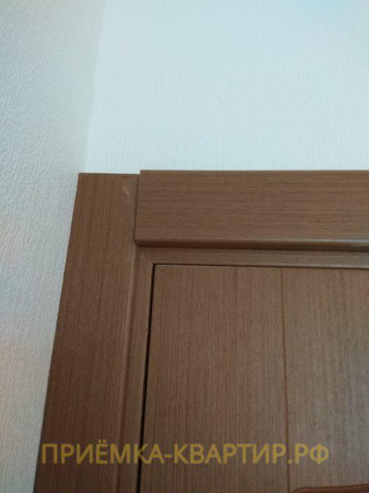 Приёмка квартиры в ЖК Шуваловский: не закреплен наличник двери