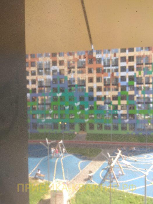 Приёмка квартиры в ЖК О Юность: окалины на стеклопакете
