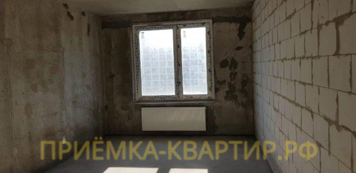 Приёмка квартиры в ЖК Царская Столица: Отклонение правой стены по вертикали свыше 25 мм
