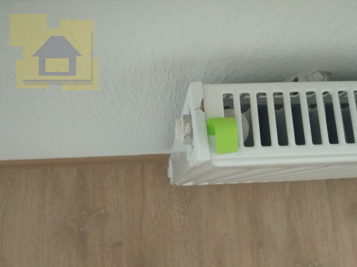 Приёмка квартиры в ЖК Полюстрово Парк: Скол лкп радиатора