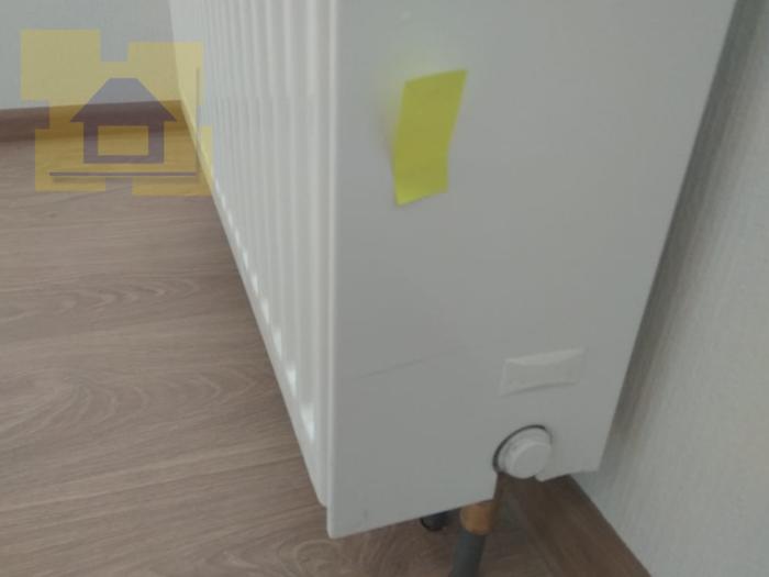 Приёмка квартиры в ЖК Чистое Небо: Царапина по лкп радиатора