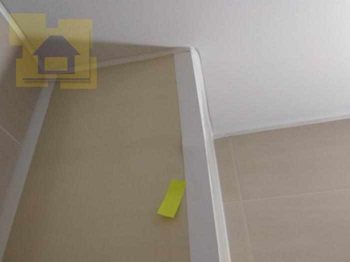 Приёмка квартиры в ЖК Чистое Небо: Деформация уголка по коробу