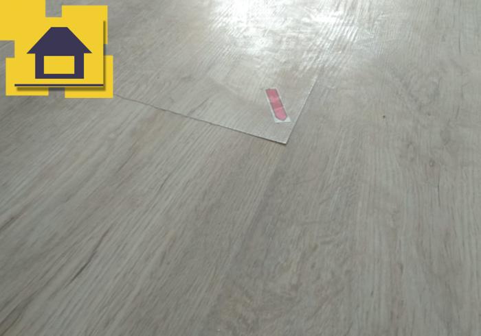 Приёмка квартиры в ЖК Краски Лета: Уступы ламината