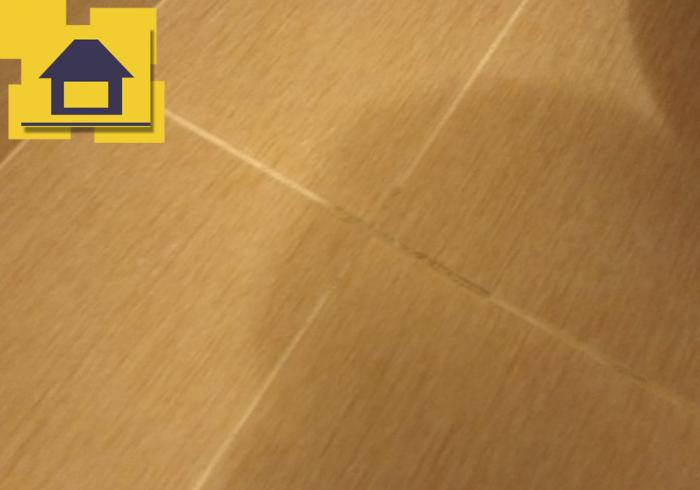 Приёмка квартиры в ЖК Краски Лета: Загрязнение швов плитки