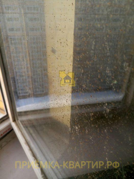 Приёмка квартиры в ЖК Новое Янино: окалины на стекле