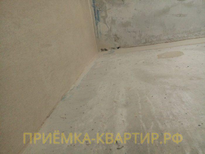 Приёмка квартиры в ЖК Стокгольм: не заделанные отверстия в потолке