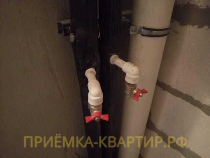 Приёмка квартиры в ЖК Елагин Апарт: Отсутствуют счётчики учёта воды