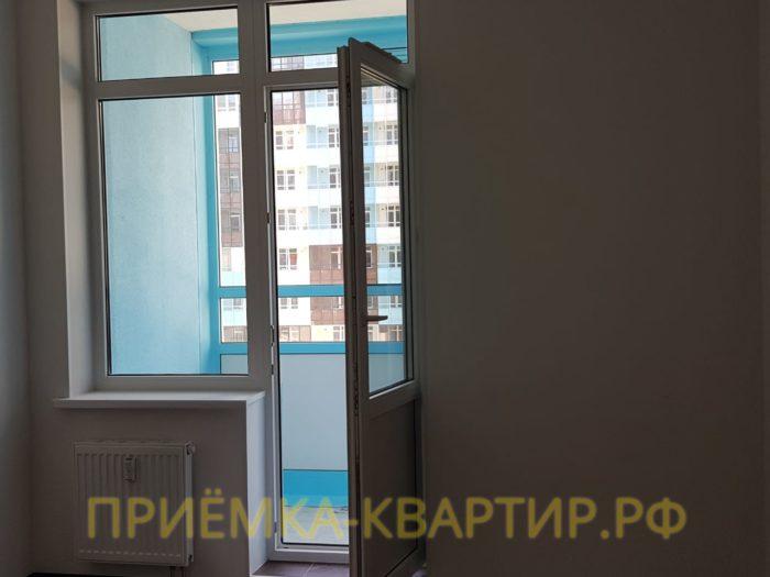 Приёмка квартиры в ЖК Чистое Небо: На наружных стенах под штукатуркой обнаружены пустоты в левом нижнем углу