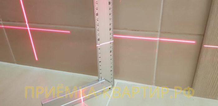 Приёмка квартиры в ЖК Солнечный Город: При проверке полов в ванной комнате выявили перепад по горизонтали свыше 10 мм на 1 метр