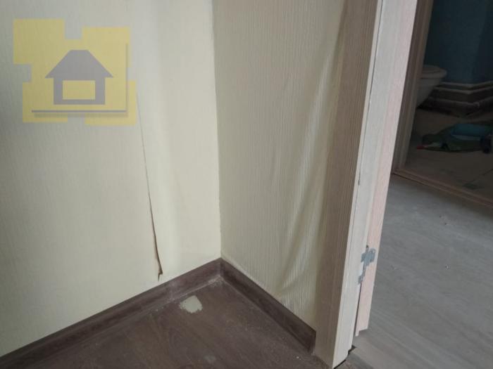 Приёмка квартиры в ЖК Я-Романтик: Пузыри по обоям, грязь, дыры