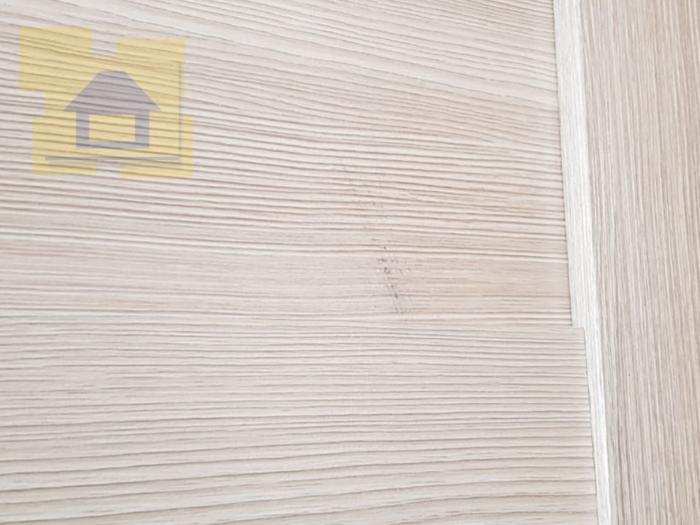 Приёмка квартиры в ЖК Весна 3: Царапины на дверном полотне
