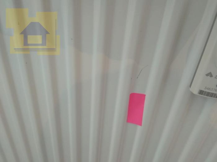 Приёмка квартиры в ЖК Полюстрово Парк: Царапины и сколы по радиатору