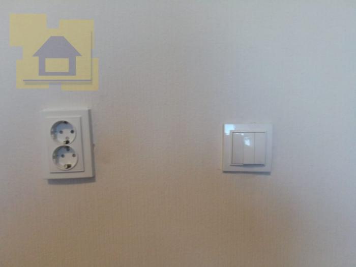 Приёмка квартиры в ЖК Я-Романтик: Не ровно установлены розетки