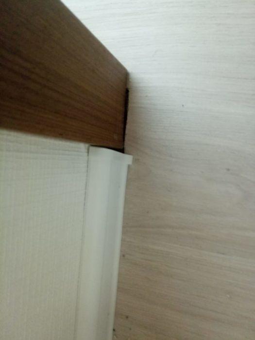 Приёмка квартиры в ЖК Калейдоскоп: Ламинат подпилен коротко, щель