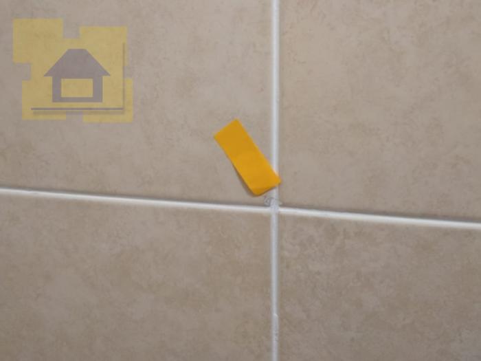 Приёмка квартиры в ЖК Калейдоскоп: Сколы по плитке