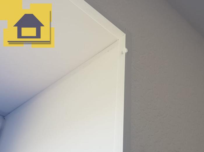 Приёмка квартиры в ЖК : Битый ПВХ угол правого откоса